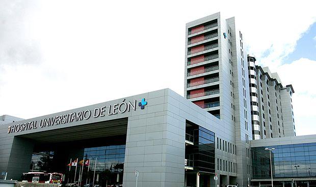 el-hospital-de-leon-formara-a-mir-de-la-facultad-de-medicina-de-salamanca-5827_620x368